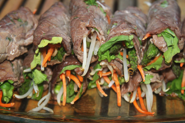 Paleo dinner of beef and vegetable rolls