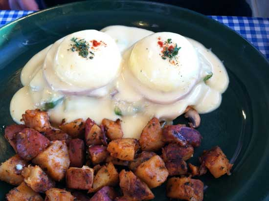 heavenly eggs Benedict