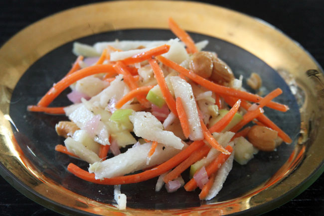 Pork egg roll with apple, carrot, and jicama