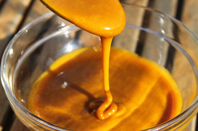 Turmeric and honey tea